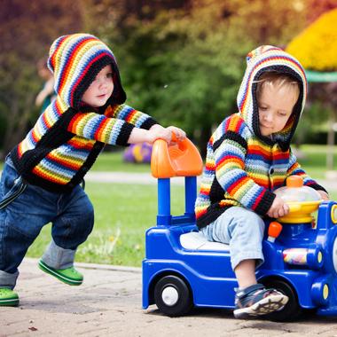 Peer relations: sibling relations